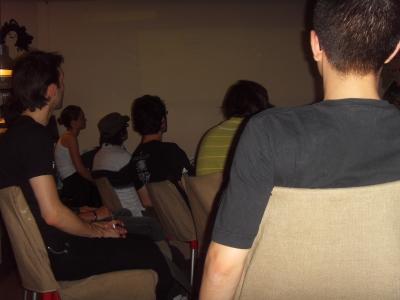 Le public en train de suivre la présentation